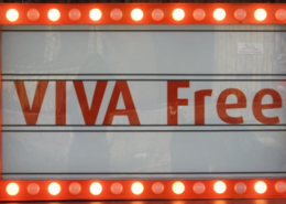 "Светеща интериорна реклама - ""VIVA free"""